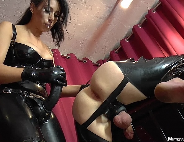 Mistress tangent foot fetish face sitting femdom - 3 part 7